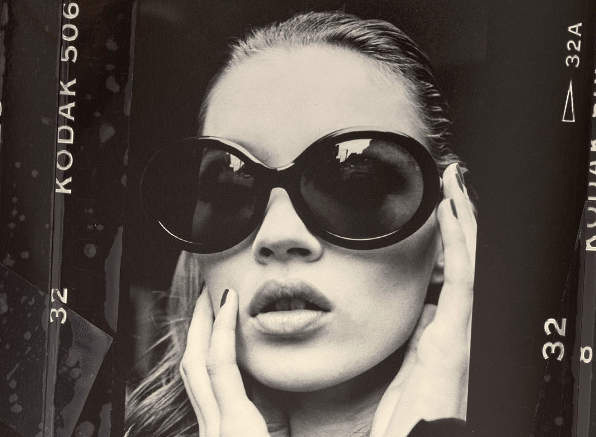Christian Roth s'est inspiré de Kate Moss et des années 90s pour sa collection de lunettes 4001