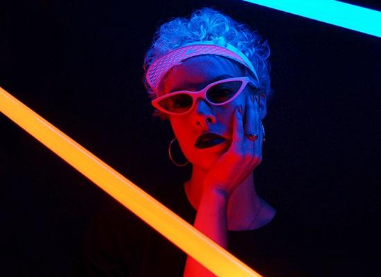Chez Parasite Design, Côté musique, nos influences sont celles de la musique électronique et du hip-hop pour créer nos lunettes