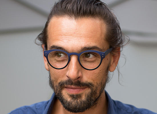Récemment, nous avons même sorti des lunettes très exceptionnelles en coquilles d'œuf