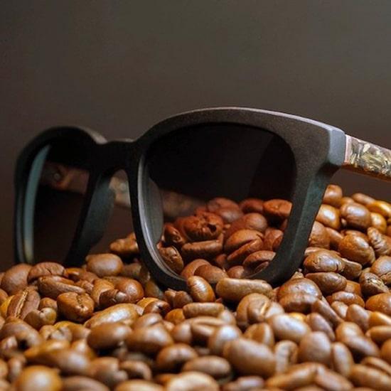 Ochis coffee glasses on coffe