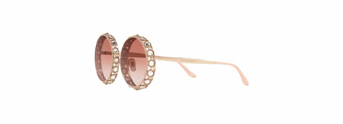 focus-20-lunettes-pointe-du-luxe-DG-woman2-banniere-eng