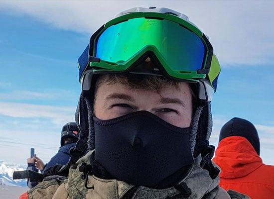 masque de ski pour se proteger de l'ophtalmie des neiges
