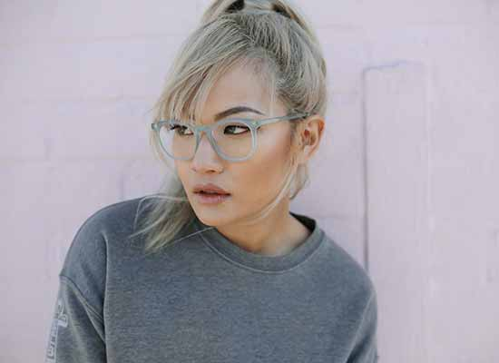 When Japan Outlaws Glasses for Women - Jins Eyewear