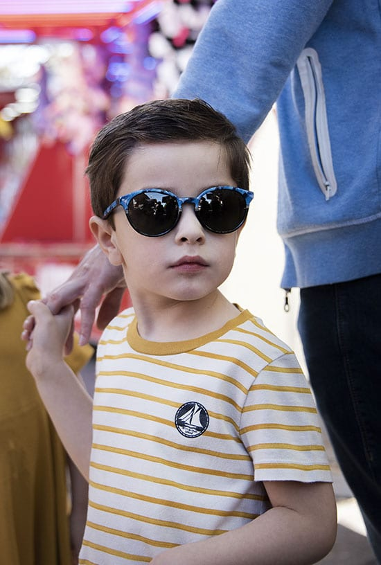Children with sunglasses