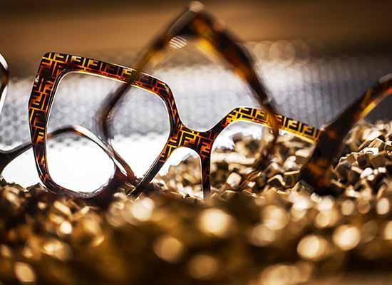 les-6-news-lunettes-les-plus-chaudes-de-lété-lunettes-fendi-1