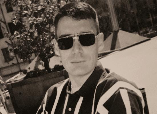 michel dalloni lunettes noires - vignette
